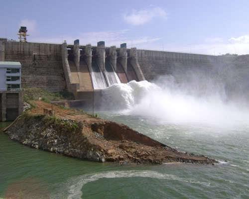 UBND tỉnh kiểm tra thực tế tiến độ xây dựng các dự án thủy điện, điện gió