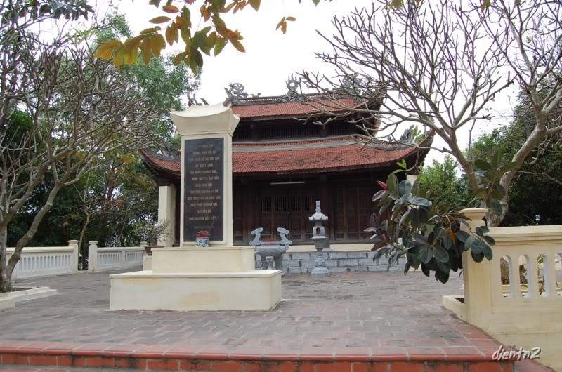 Đền thờ đội cấn